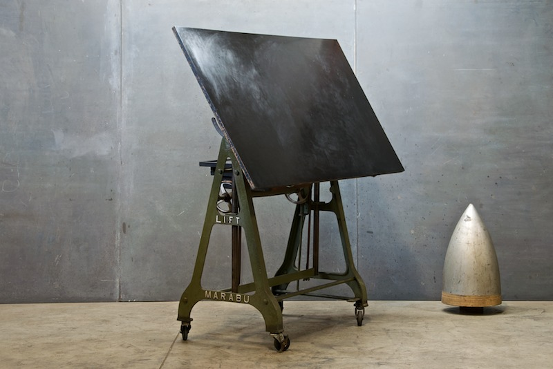 Merveilleux 1930s German Design Drafting Table